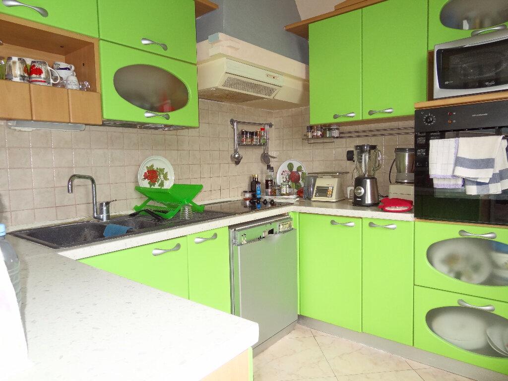 Appartement à vendre 4 100m2 à Menton vignette-8