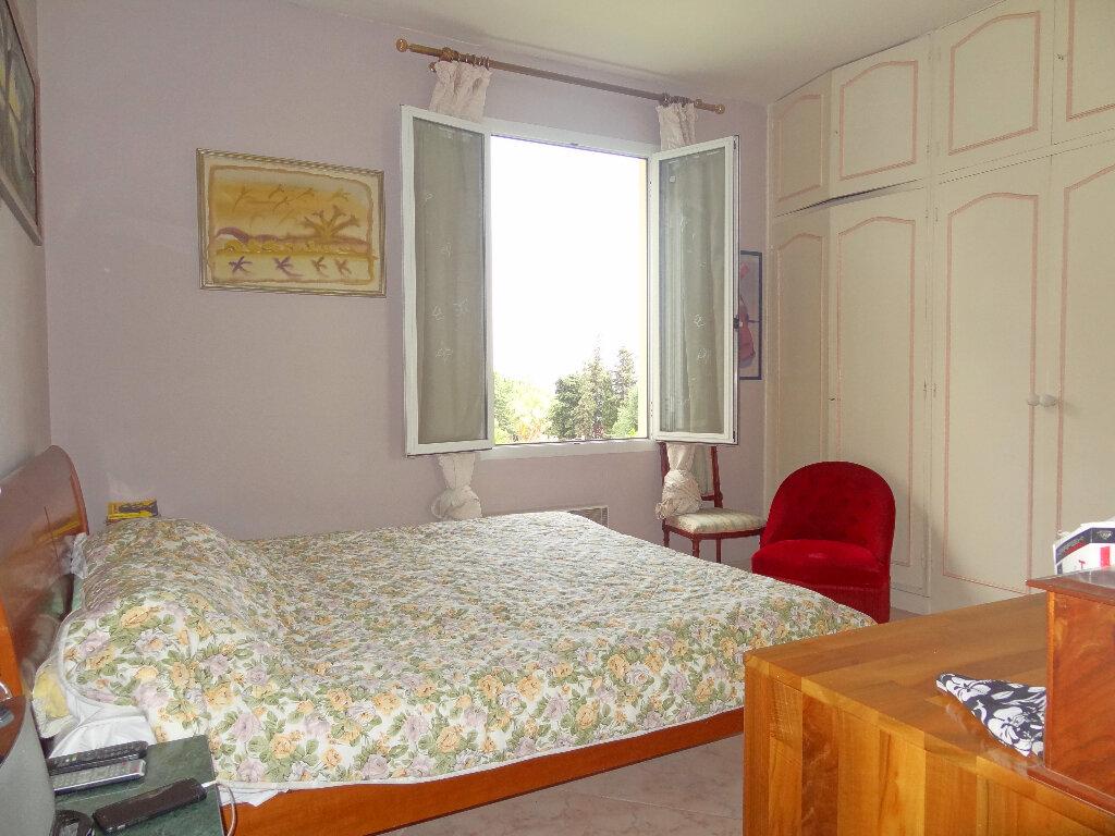 Appartement à vendre 4 100m2 à Menton vignette-9