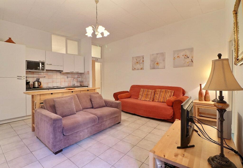 Appartement à vendre 3 67.33m2 à Menton vignette-3