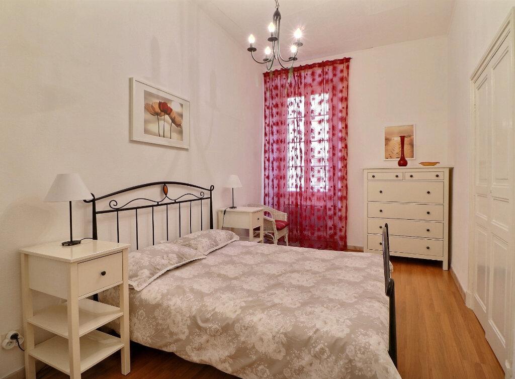 Appartement à vendre 3 67.33m2 à Menton vignette-6