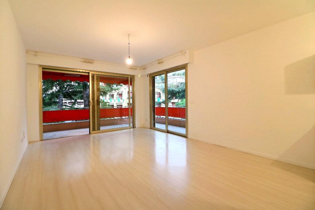 Appartement à vendre 3 71.4m2 à Menton vignette-4