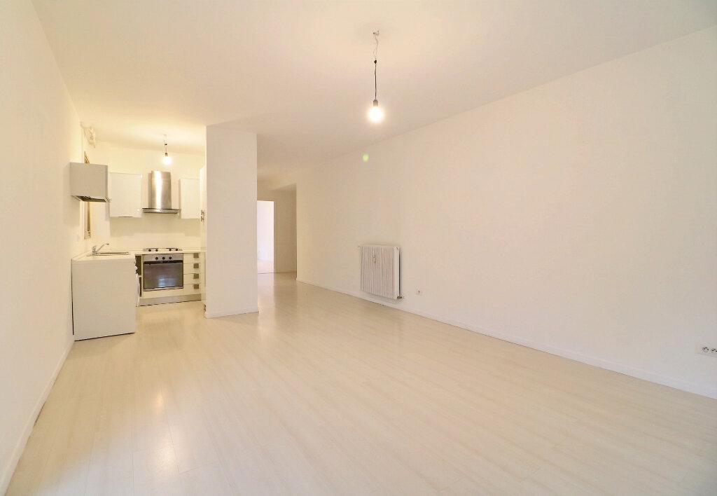 Appartement à vendre 3 71.4m2 à Menton vignette-6
