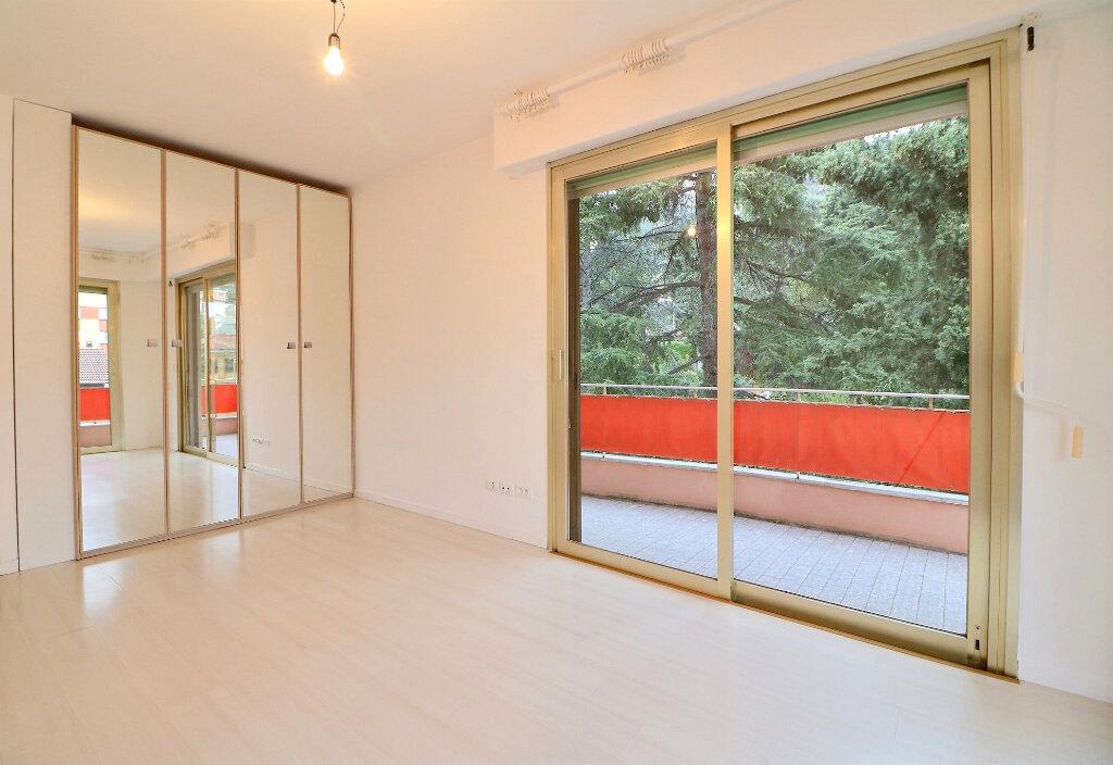 Appartement à vendre 3 71.4m2 à Menton vignette-9