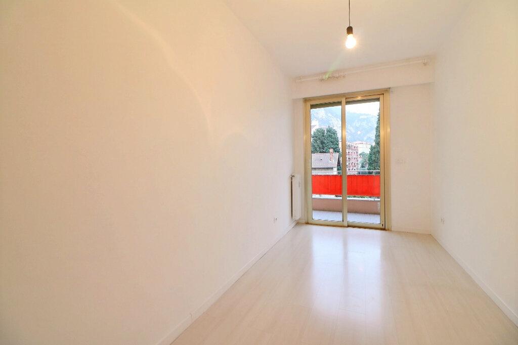 Appartement à vendre 3 71.4m2 à Menton vignette-10