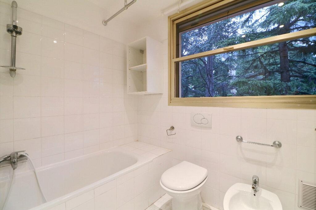 Appartement à vendre 3 71.4m2 à Menton vignette-13