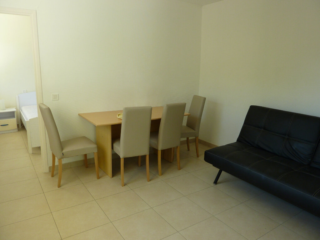 Appartement à louer 2 48.71m2 à Roquebrune-Cap-Martin vignette-7