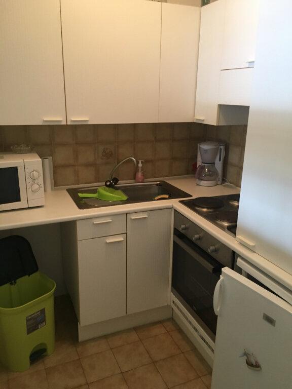 Appartement à louer 1 28.95m2 à Menton vignette-5