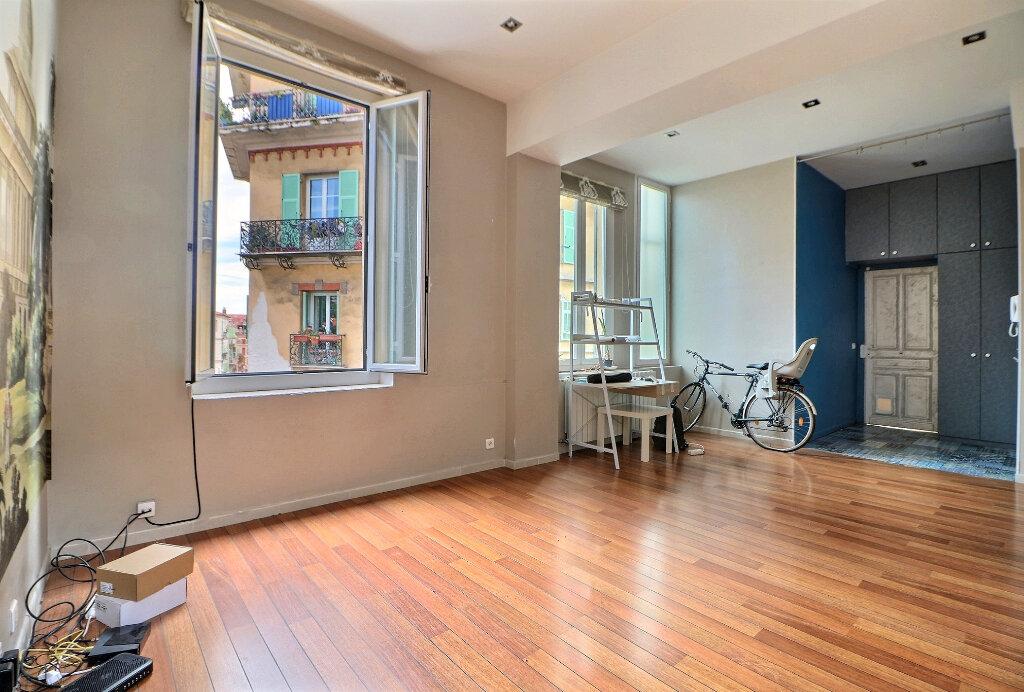 Appartement à vendre 3 92.92m2 à Menton vignette-3