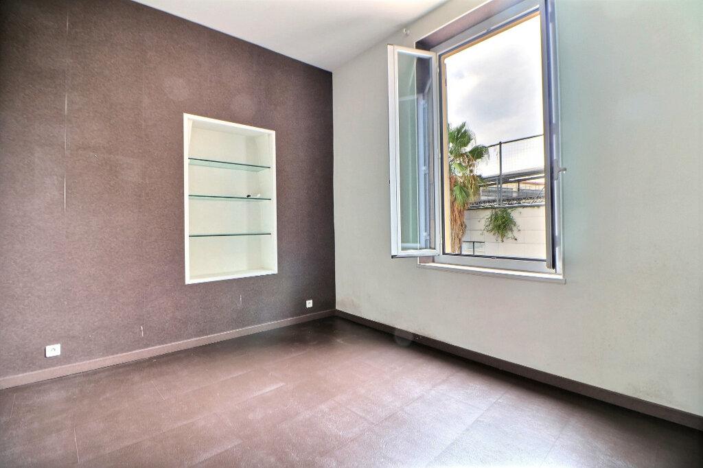 Appartement à vendre 3 92.92m2 à Menton vignette-6
