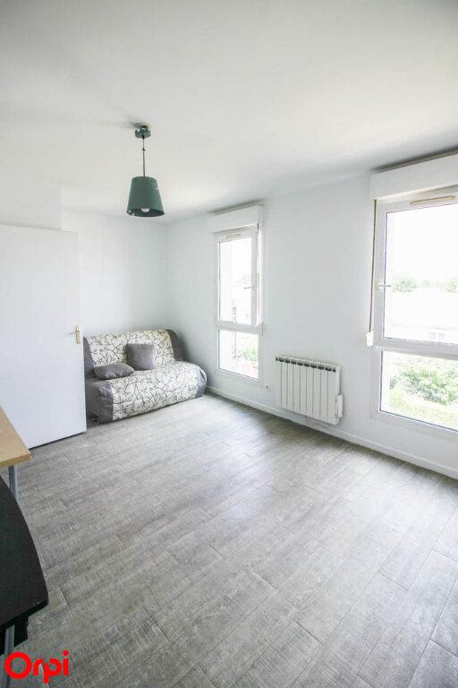 Appartement à louer 1 24.79m2 à Osny vignette-1