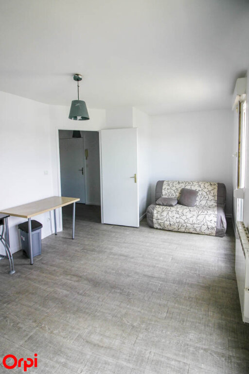 Appartement à louer 1 24.79m2 à Osny vignette-2