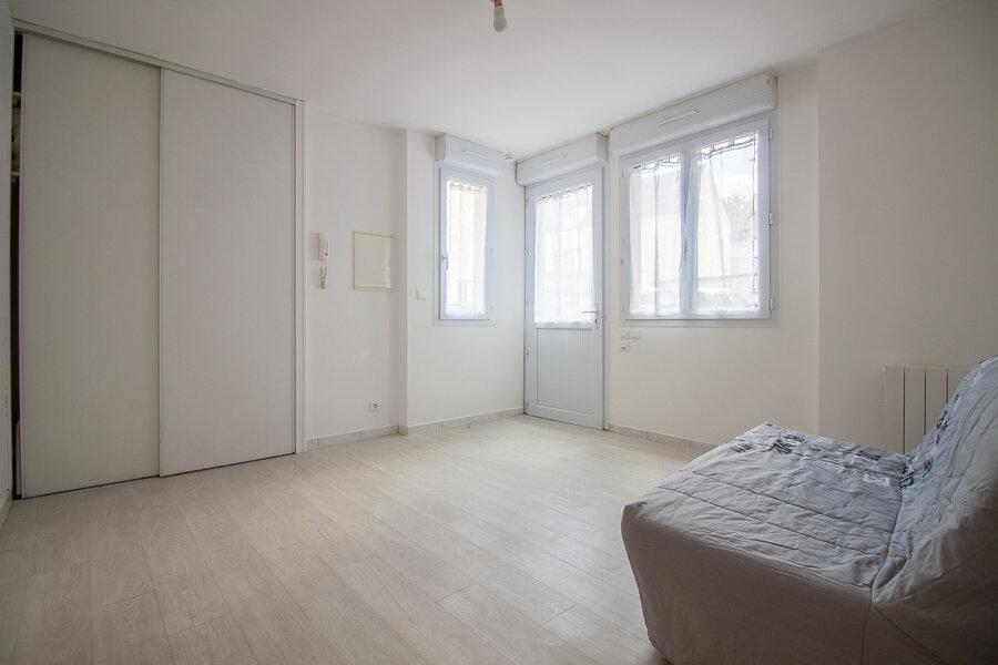 Appartement à louer 1 24m2 à Osny vignette-3