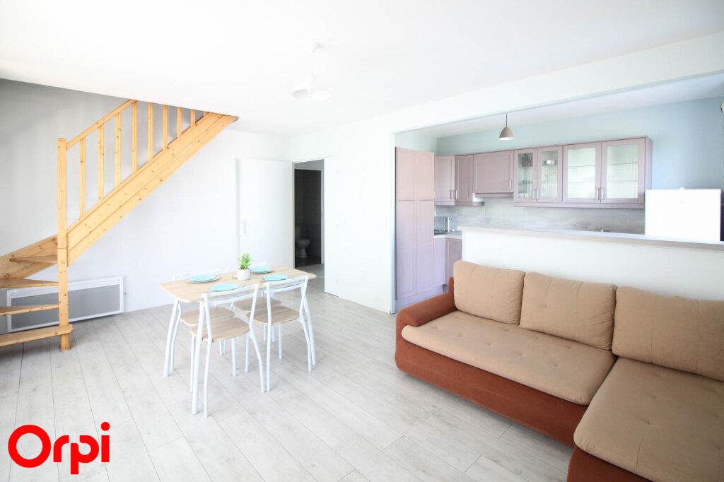 Appartement à louer 3 78.21m2 à Cergy vignette-1