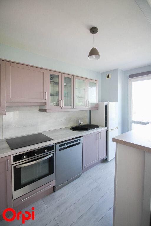 Appartement à louer 3 78.21m2 à Cergy vignette-3