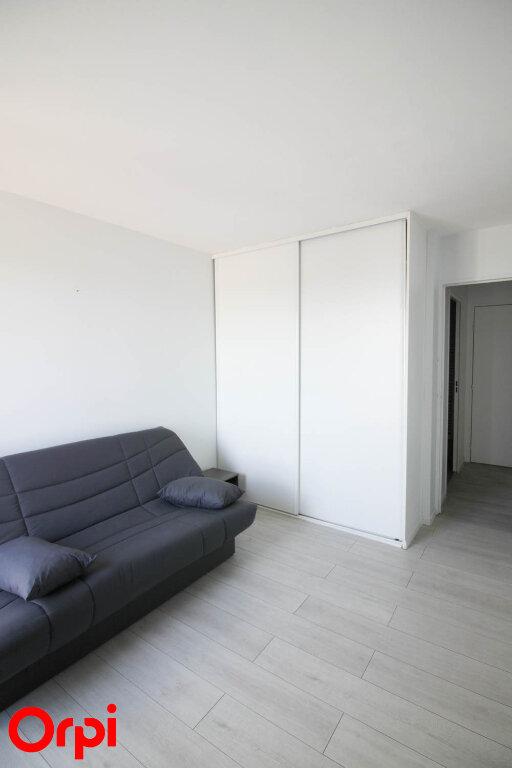 Appartement à louer 3 78.21m2 à Cergy vignette-4