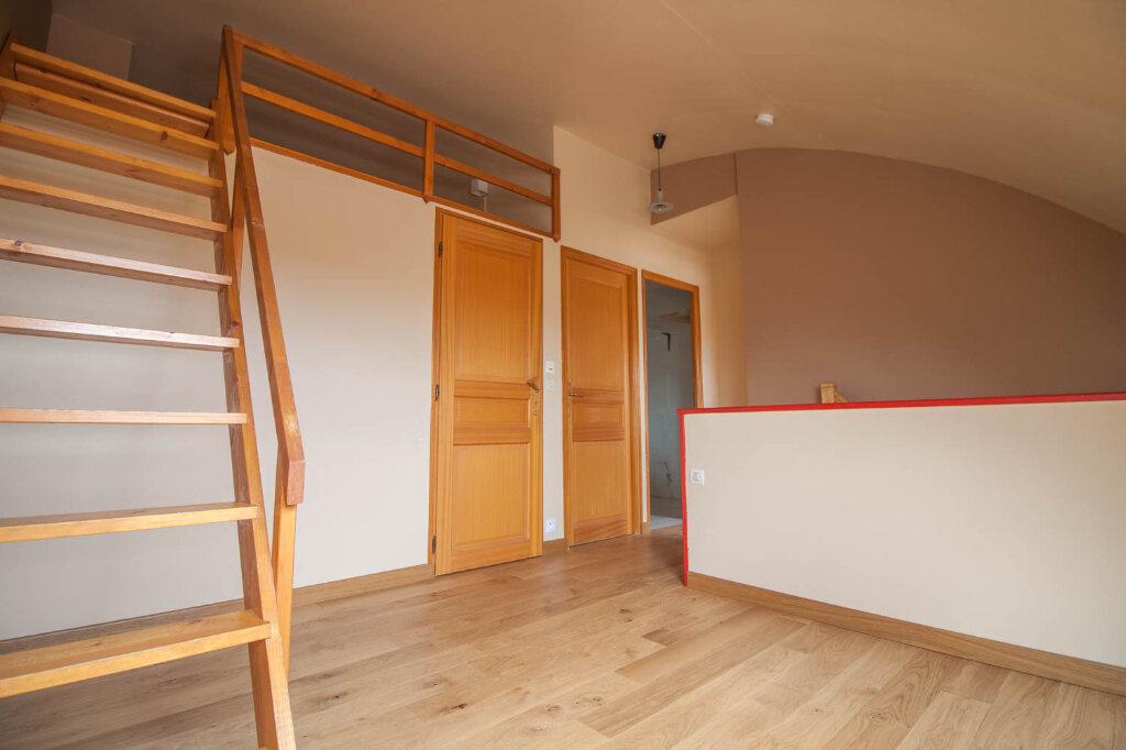 Appartement à louer 3 78.21m2 à Cergy vignette-9