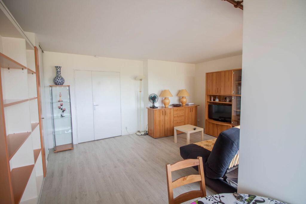 Appartement à louer 1 33.45m2 à Cergy vignette-3
