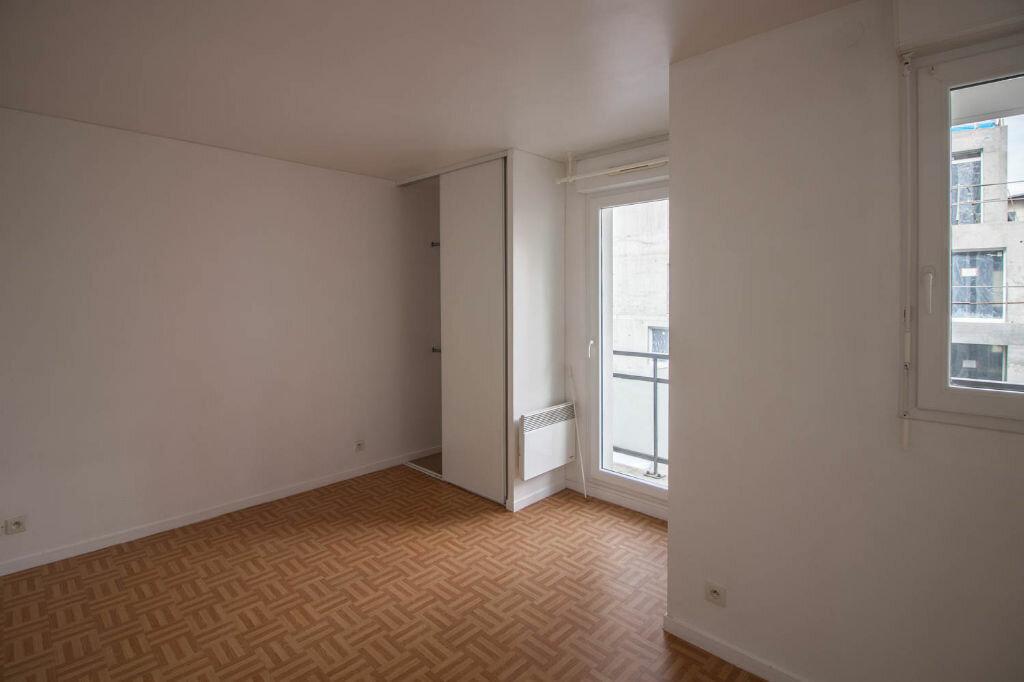 Appartement à louer 1 35m2 à Cergy vignette-3