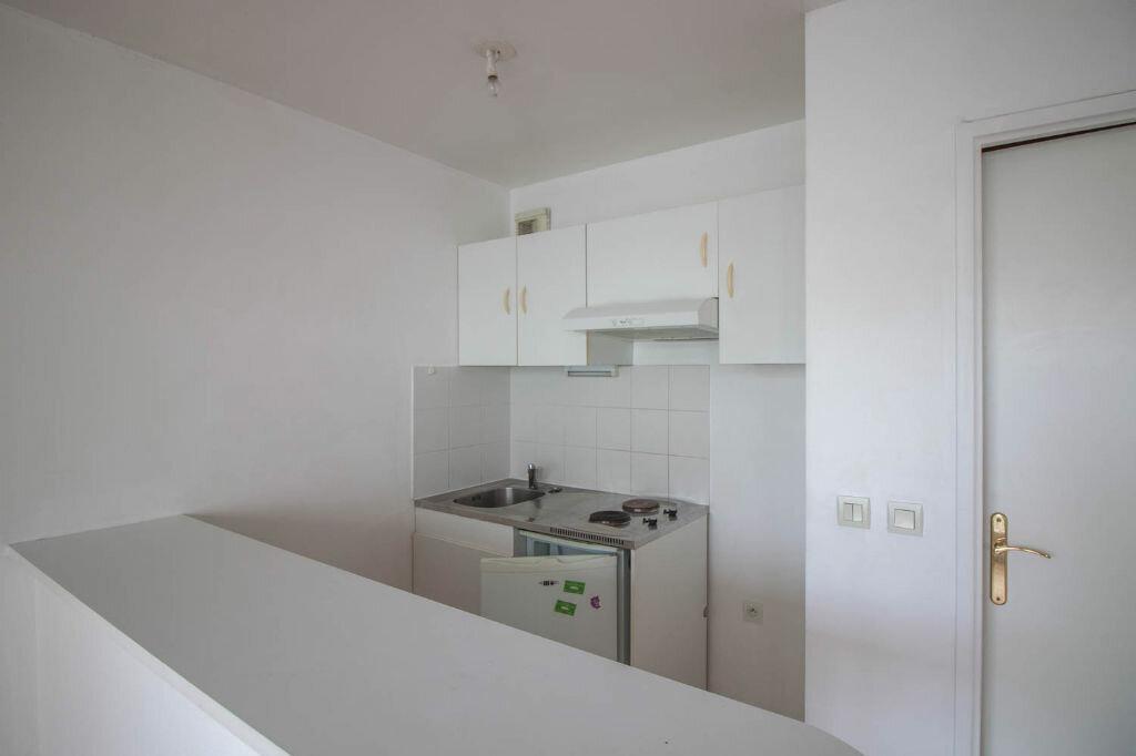 Appartement à louer 1 35m2 à Cergy vignette-5