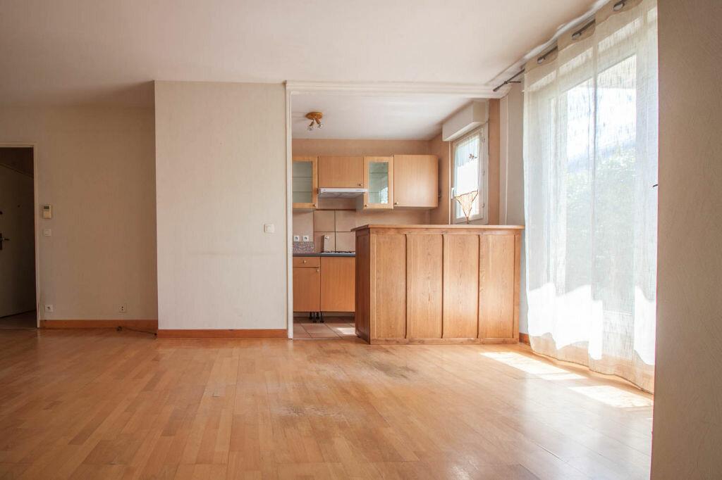 Appartement à louer 2 43.55m2 à Cergy vignette-3