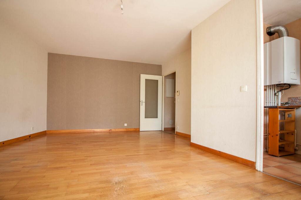 Appartement à louer 2 43.55m2 à Cergy vignette-4