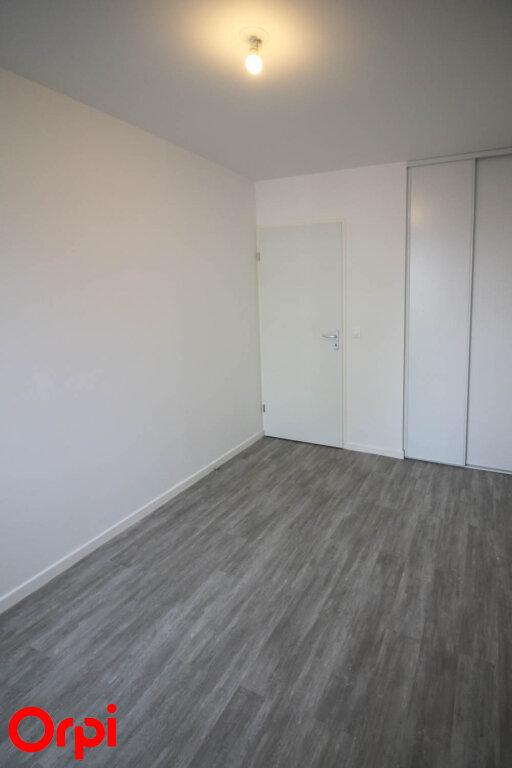 Appartement à louer 3 55.12m2 à Cergy vignette-5