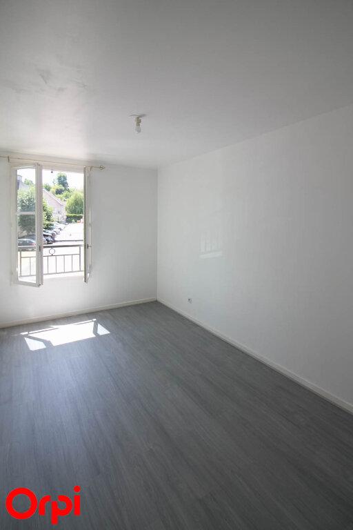 Appartement à louer 3 61.71m2 à Osny vignette-8