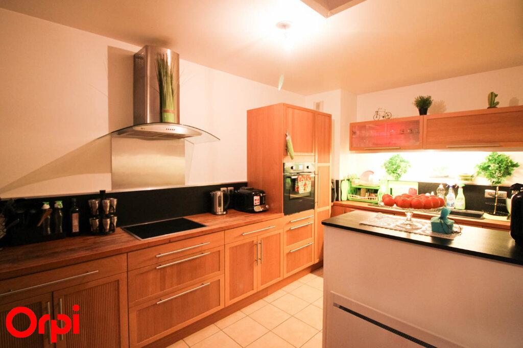 Appartement à louer 4 80.54m2 à Cergy vignette-1