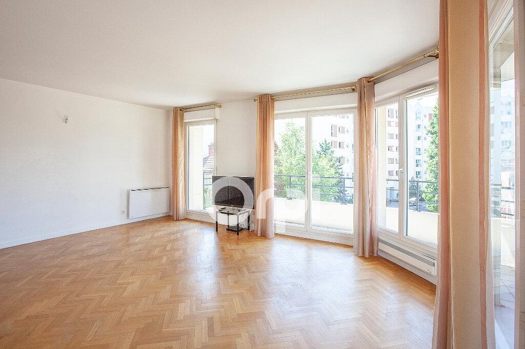 Appartement à vendre 4 80.76m2 à Montrouge vignette-1
