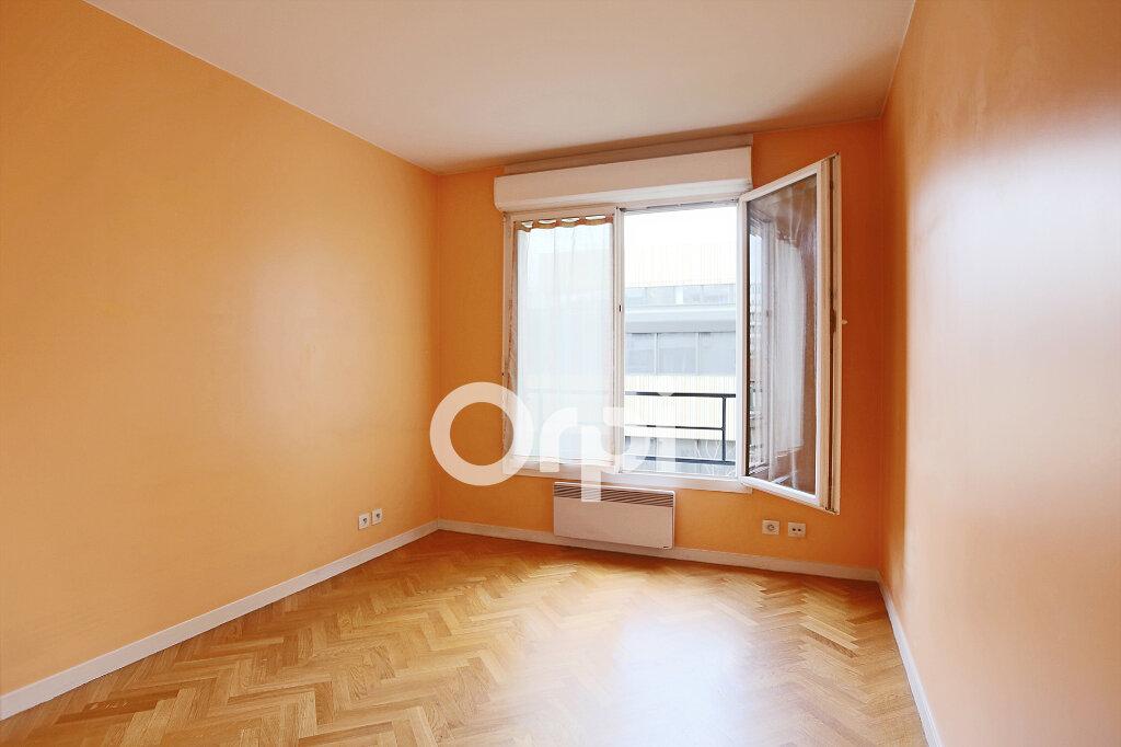 Appartement à vendre 4 80.76m2 à Montrouge vignette-7
