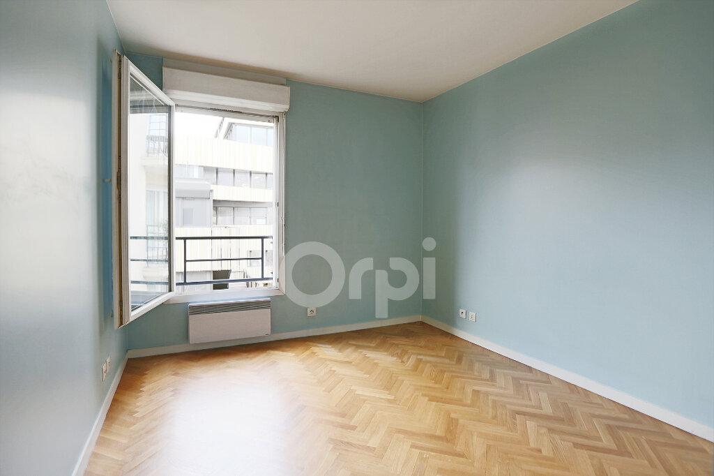 Appartement à vendre 4 80.76m2 à Montrouge vignette-8