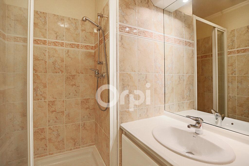 Appartement à vendre 4 80.76m2 à Montrouge vignette-9