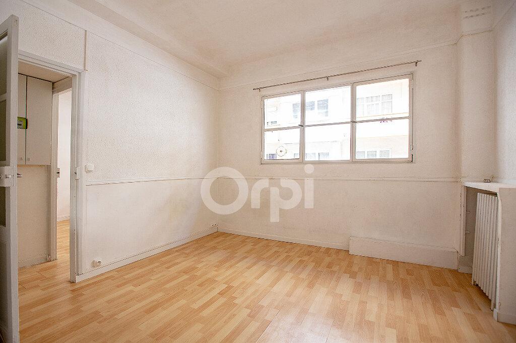 Appartement à vendre 2 26.7m2 à Montrouge vignette-4