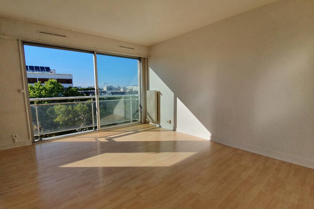 Appartement à louer 1 29.65m2 à Montrouge vignette-1