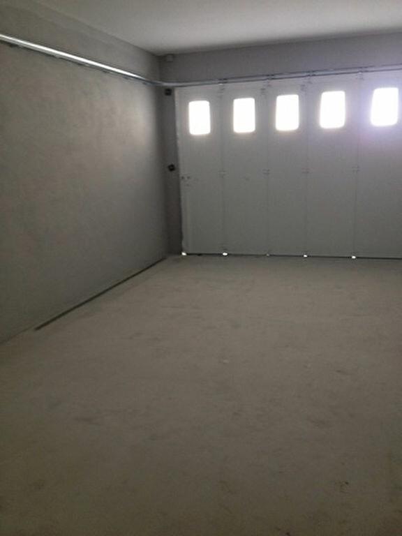 Appartement à louer 3 55.76m2 à Dax vignette-11