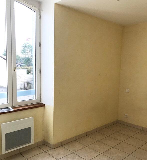Appartement à louer 3 55m2 à Saint-Martin-de-Hinx vignette-11