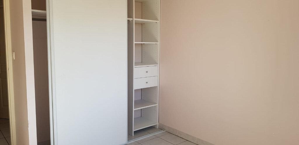 Appartement à louer 3 55.26m2 à Dax vignette-8