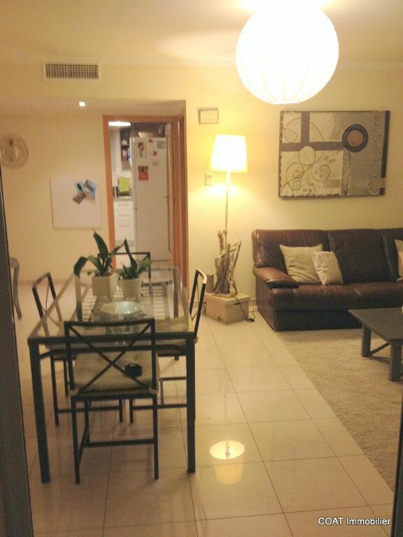Appartement à louer 3 61.6m2 à La Roquebrussanne vignette-3