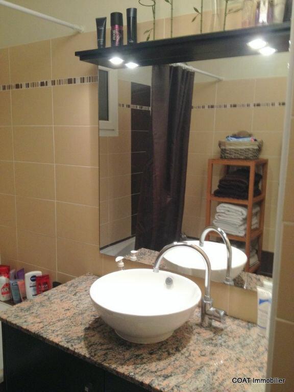Appartement à louer 3 61.6m2 à La Roquebrussanne vignette-10