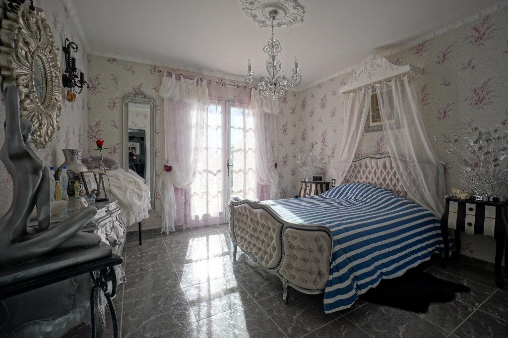 Maison à vendre 7 190.83m2 à La Farlède vignette-11