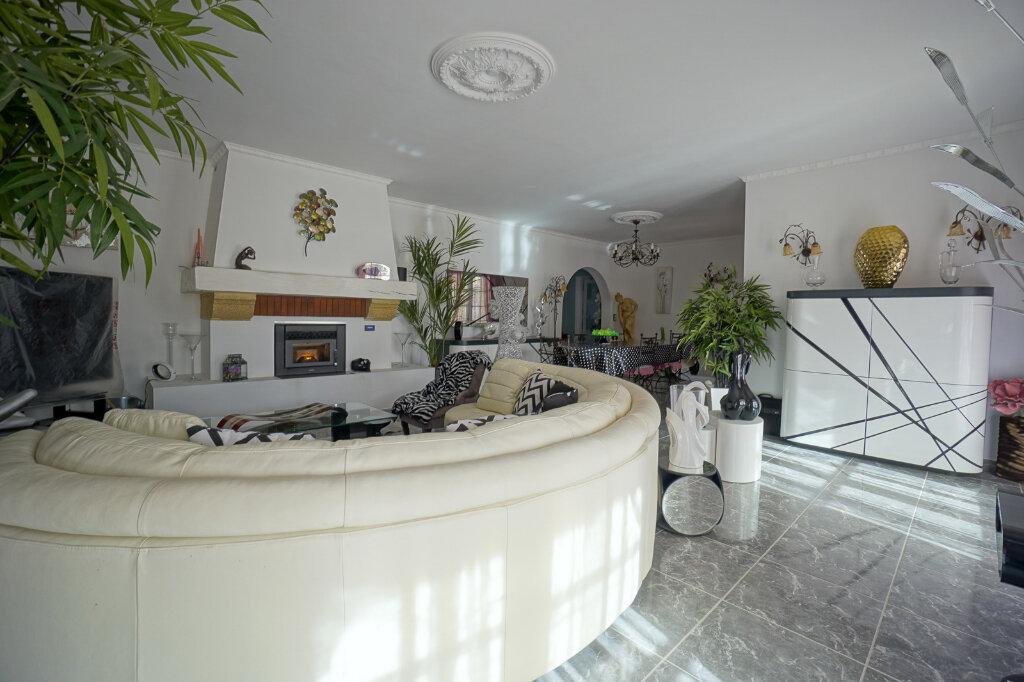 Maison à vendre 7 190.83m2 à La Farlède vignette-15