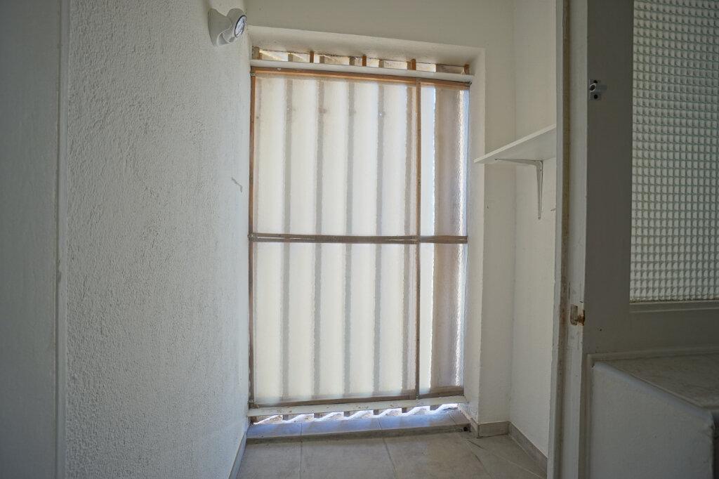 Appartement à louer 3 69.87m2 à La Crau vignette-6