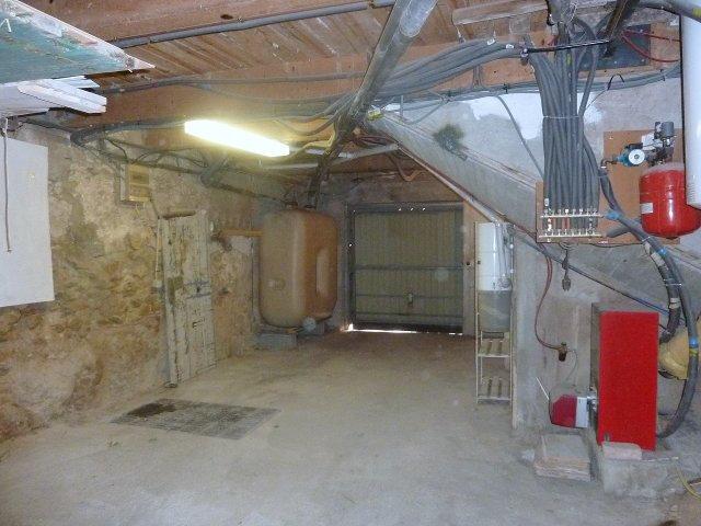 Maison à louer 3 86m2 à Forcalqueiret vignette-11