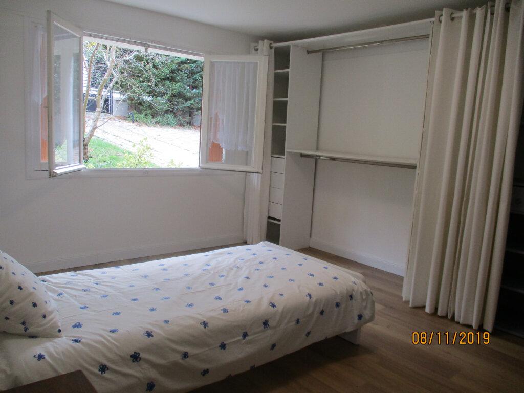 Maison à louer 5 175.74m2 à Bry-sur-Marne vignette-10