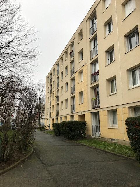 Appartement à louer 3 67.05m2 à Bry-sur-Marne vignette-1