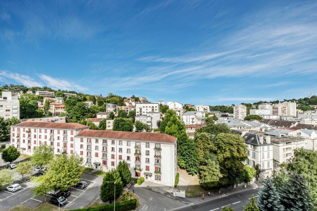 Appartement à louer 4 65.83m2 à Sèvres vignette-5