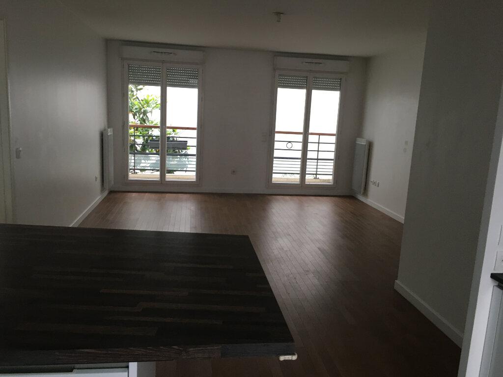Appartement à louer 3 72.18m2 à Montrouge vignette-11