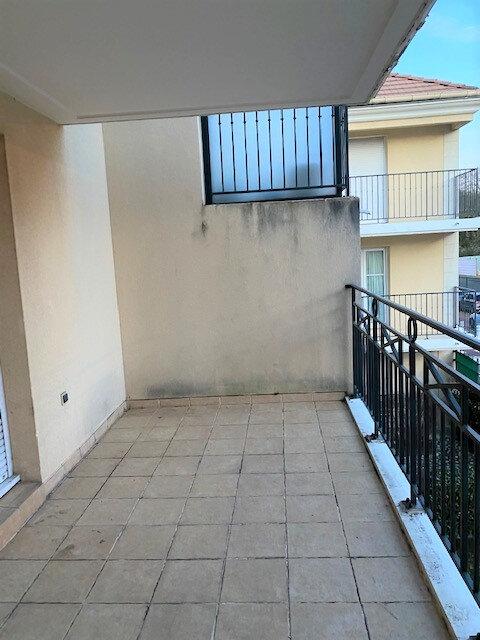 Appartement à louer 3 65m2 à Orsay vignette-2