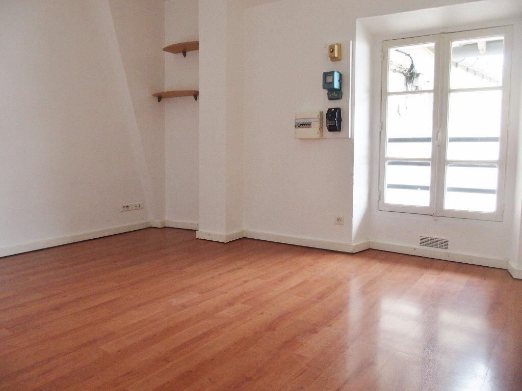 Appartement à louer 1 25m2 à Palaiseau vignette-3