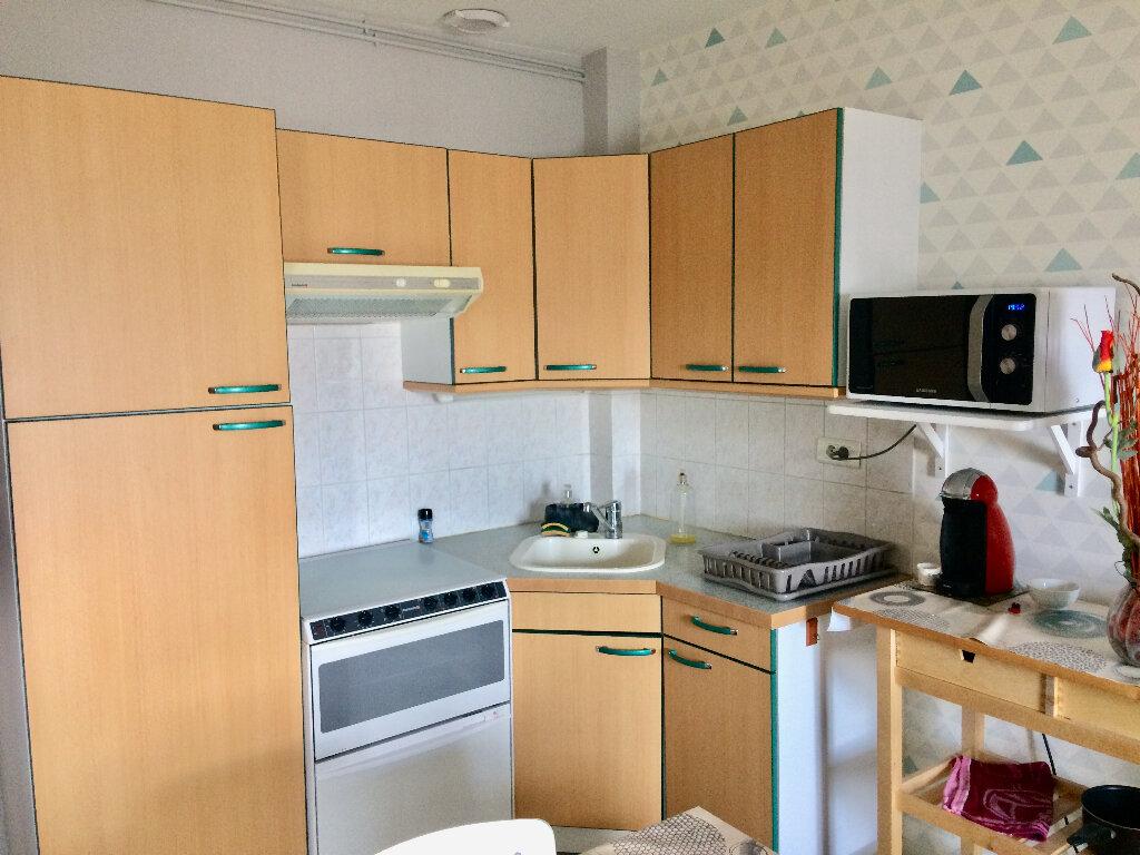 Appartement à louer 3 38.27m2 à Palaiseau vignette-4